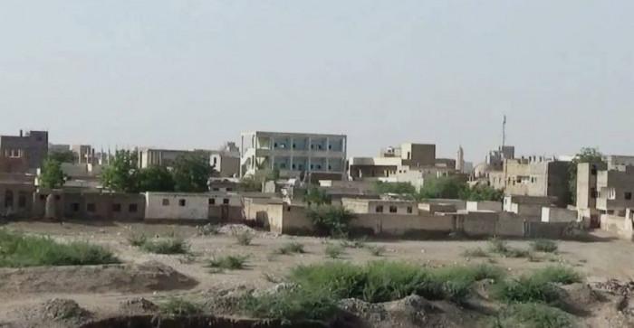 مليشيا الحوثي تقصف شمال حيس عشوائيًا