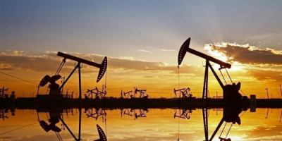 النفط يهبط.. العقود الآجلة لخام برنت تتراجع 0.06%