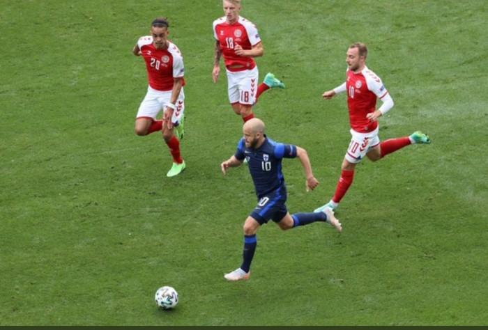 يويفا: استئناف مواجهة الدنمارك وفنلندا جاء بناء على طلب اللاعبين