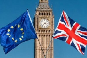 """الاتحاد الأوروبي يدعو بريطانيا إلى تطبيق """"بريكست"""""""