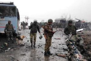مقتل 5 أشخاص في هجوم إرهابي بكشمير