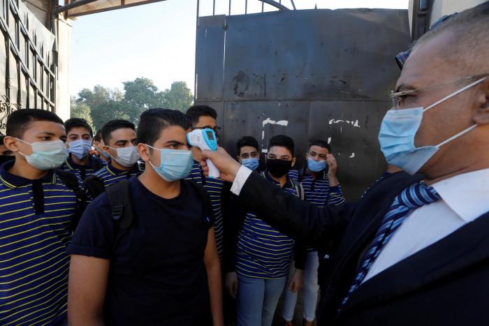 مصر ترصد 711 إصابة جديدة و35 وفاة بكورونا