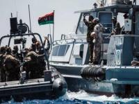 البحرية الليبية توقف 179 مهاجرًا غير شرعي