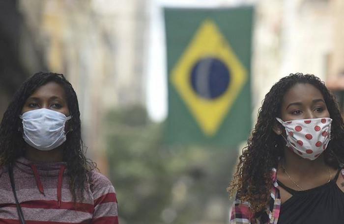البرازيل تسجل 78700 إصابة و2037 وفاة بكورونا
