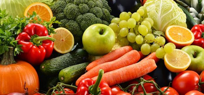 ثبات أسعار الخضروات والفواكه بأسواق عدن اليوم الإثنين