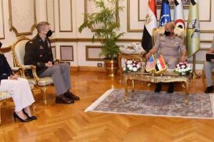 مصر وأمريكا توقعان اتفاق شراكة لتعزيز أوجه التعاون العسكري