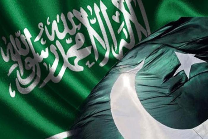 باكستان تدعو لوقف فوري للهجمات الحوثية على الأبرياء
