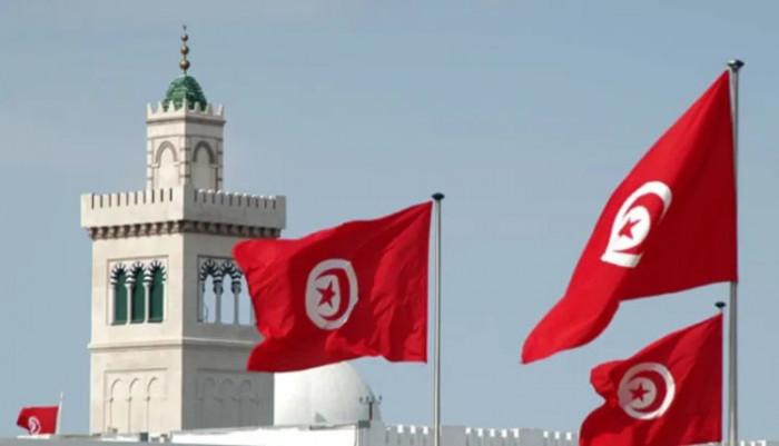 تونس تفرض حجر صحي وإغلاق لولايات بسبب كورونا