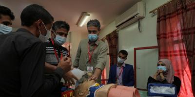 الصحة العالمية تُدرب 120 ممارسًا على رعاية الإصابات