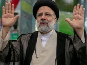 إبراهيم رئيسي يمنح قُبلة الحياة للمليشيات الحوثية