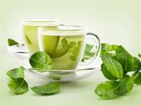 رغم فوائد الشاي الأخضر.. هؤلاء ممنوعون منه