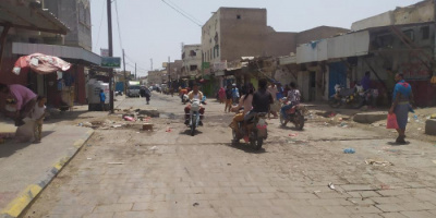 حملة للقضاء على استحداثات البناء في شوارع الحوطة