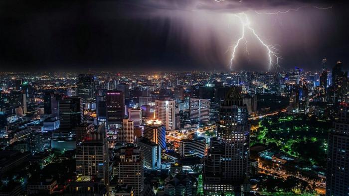 عواصف رعدية تتسبب في أضرار ضخمة بسويسرا