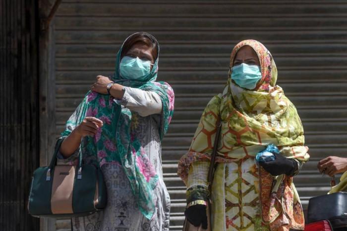 باكستان.. 44 وفاة و1052 إصابة جديدة بكورونا