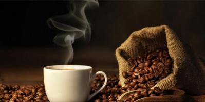 خطورة تناول القهوة على الريق