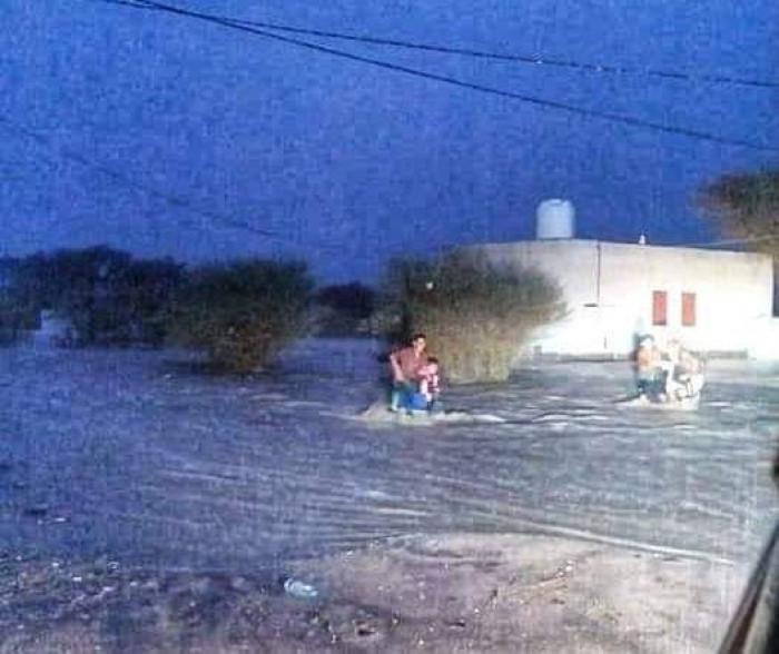 السيول تدمر عشرات السيارات في بيحان وشبوة