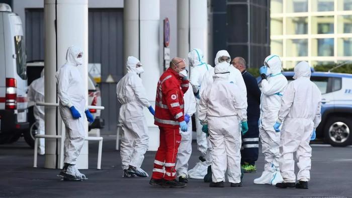 إيطاليا: 4.29 مليون إصابة بكورونا حتي اليوم