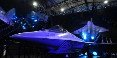 روسيا تزيح الستار عن طائرتها الشبح الجديدة