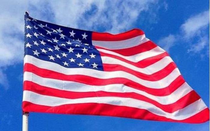 أمريكا تمدد قيود السفر على الحدود مع كندا والمكسيك