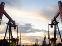 تراجع أسعار النفط بالأسواق العالمية.. برنت يسجل 73.68 دولار