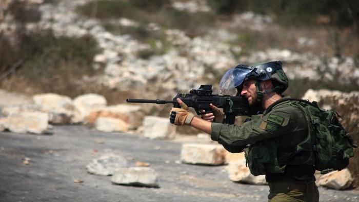 استشهاد شاب فلسطيني برصاص إسرائيلي