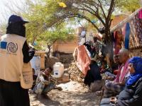 الهجرة الدولية تتدخل لتطوير الكهرباء بمواقع النزوح بمأرب