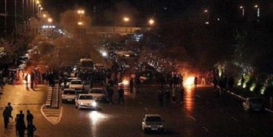 مسيرات شعبية تندد بديكتاتورية النظام الإيراني