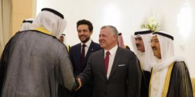 أمير الكويت والعاهل الأردني يناقشان دعم العلاقات الثنائية