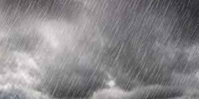 أمطار غزيرة تهدد سواحل الجنوب