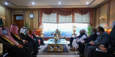 رئيس الوزراء الباكستاني ووزير الخارجية السعودي يبحثان القضايا المشتركة