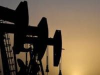 أسعار النفط تقترب من 75 دولارًا للبرميل