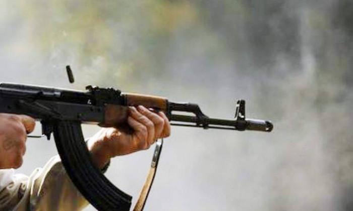 حراسات أبو عوجاء وحيدان تتبادل إطلاق النار في سيئون