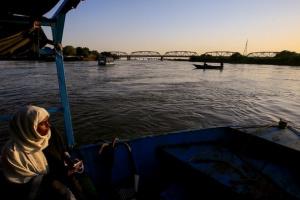 السودان: الخرطوم وصلت عمليًا لمنسوب الفيضان