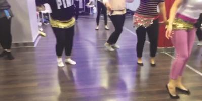 دورة لتعليم الرقص الشرقي تثير جدلاً في الكويت