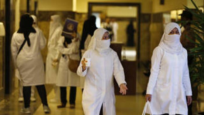 السعودية: 8 وفيات و 546 إصابة جديدة بكورونا
