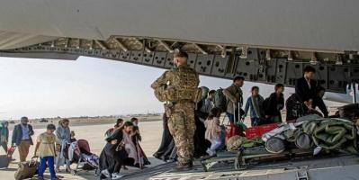 هبوط أولى رحلات الإجلاء الأمريكي من أفغانستان بألمانيا