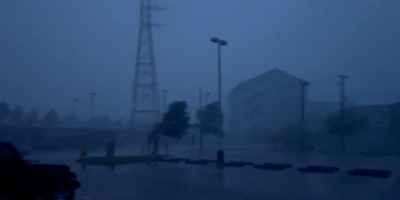 إيدا يقطع الكهرباء عن نيوأورليانز الأمريكية