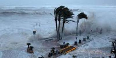 عاصفة مطرية شديدة تضرب إسبانيا وتقطع الكهرباء
