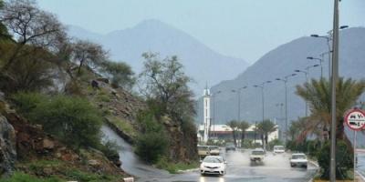 استمرار هطول الأمطار على مناطق بالسعودية