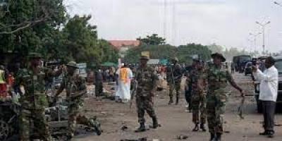 نيجيريا: مقتل 12 عسكريا على يد مسلحين