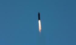 إسقاط صاروخ بالستي و4 مسيرات حوثية استهدفت السعودية