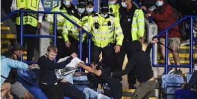 الشرطة البريطانية تعتقل 9 بعد أحداث شغب ليستر ونابولي