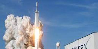 """هبوط المركبة الفضائية """"سبيس إكس"""" في المحيط الأطلسي"""