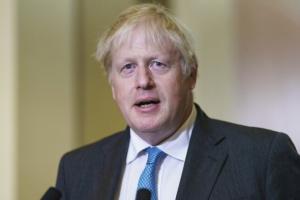 جونسون ينصح فرنسا بالتهدئة في أزمة الغواصات