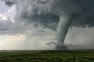 أمريكا: خسائر إعصار أيدا بلغت 44 مليار دولار