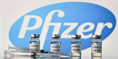 أمريكا تجيز إعطاء جرعة ثالثة من فايزر للمسنين