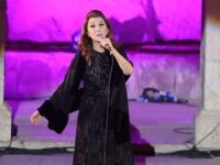 أول تعليق لـ ماجدة الرومي بعد سقوطها على مسرح مهرجان جرش