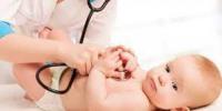 سماعة طبية تساعد الآباء في الكشف على أطفالهم بمنزلهم