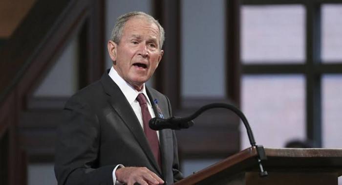 جندي أمريكي سابق يواجه جورج بوش ويفضح أكاذيبه وقتله مليون عراقي
