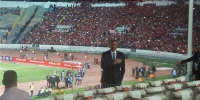 """جماهير الأهلي تدعم رئيسه بـ""""كلنا محمود الخطيب"""""""
